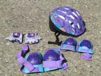 girls helmet and pad set size 2t-4t in good condition.