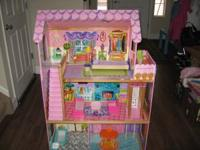 We have a girls playhouse/dolhouse 4ft high by 2.5ft
