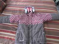 Girls Section snowboard jacket size Large. Great