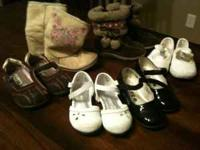 I have a lot of 10 pairs of toddler girls shoes sizes 5