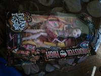 4 brand new monster high dolls Monster high blanket in