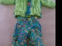 Girls winter coat and matching snowpants. Size 5