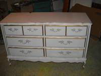 This is a 6 drayer dresser that is very popular now
