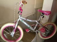 Free - Girl's Bike - best for 5 years old + no training