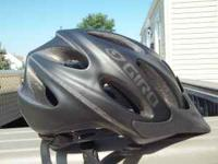 GIRO ZEN BIKE HELMET NEW. MEDIUM IN SIZE.100.00 VALUE