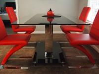 MOVING OUT SALE: Selling away full glass dining set