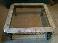 COFFEE TABLE WITH GLASS TOP AND METAL LEGS IN EXCELLENT
