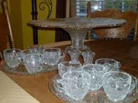 SERVING PLATTER AND STAND MADE OF A DENSE/HEAVY GLASS,