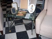 Pretty End table with a Mediterranean Style. Glass top