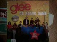 Glee CD Board Game, never played, all parts included.