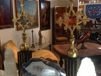 Global Views Decorative Mantel Pieces with Brass Key