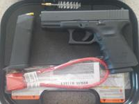 I have a nice glock 19 gen 3 with only one 15 round mag
