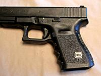 Glock 23 gen 3 with prolonged magazine release, with