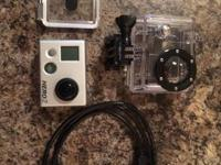 GO PRO HERO 2.  Condition: LIKE NEW !!!!  Included:.