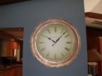 Type: Clocks Object/Variety: Wall Gold Colored Marche