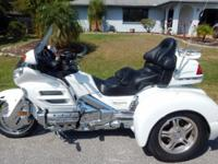 2004 GOLD WING TRIKE 1800 WITH CHAMPION CONVERSION