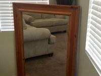Solid Made of 100 % oak wood. In excellent condition