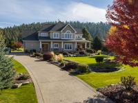 Custom built 2 story home on 11 Fairway of Eagle Bend