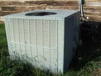 Goodman Central AC/Heating Unit for a Mobile Home.