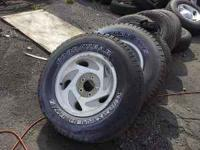 265 70 R 17-----VERY GOOD TREAD 3AVIL--$75 EACH ----NO