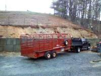 Gooseneck brand cattle Trailer has new brakes all the