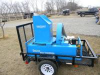 Goossen Bale Chopper w/ 11 hp Honda motor, 25 ft of