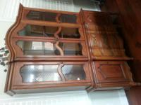 This is a beautiful two piece wood maple/walnut hutch