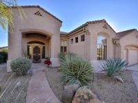 Gorgeous Four Peaks at Troon Village home w/ hillside
