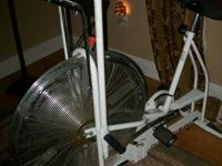 Gorgeous Like new Schwinn Indoor Cycling Exercise Bike