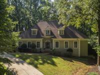 Gorgeous renovated home withrnan open floor plan