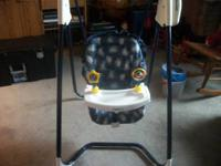 Im selling a nice baby swing that is 2 speeds and is