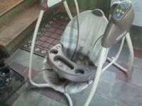 Graco baby swing like new condition has soothing music