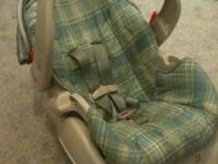 Graco car seat in good condition. Green and blue and