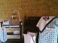 Beautiful wooden Graco convertible crib with matching