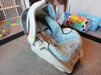 GRACO Alano infant Carseat w/base, ancors & lock, has