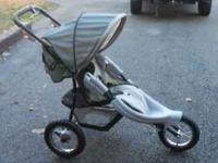 Graco jogging stroller in good condition we just dont