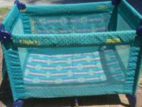 Fold n Go, Portable crib, made by Graco Easy to put up