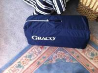 Selling a Graco pak in play. Good condition. full