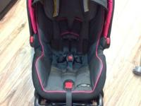 Graco snugride click connect 40 car seat. Can adjust to