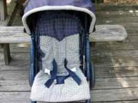 Graco stroller for sale, good condition. $35.00. Call