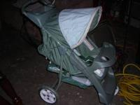 i have a graco glider stroller in like new shape $40