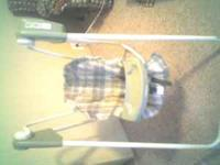 Graco open top swing, Well kept, 3 Swinging Speeds and