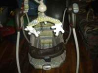 I am selling a graco swing. It has 6 speed settings on
