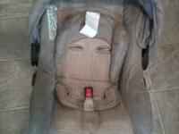 Graco travel system (Eddie Bauer series) in good