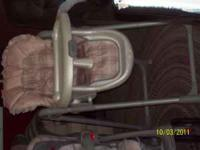 CAR SEAT: Good Condition has 1 base, small grease stain
