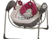Graco Petite LX Baby Glider - Pippa (NEW) $ 79.99
