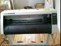 Vinyl cutter, bought new model so don't need this
