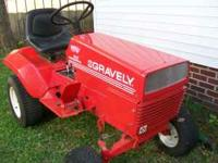 GRAVEL 16 G HEAVY DUTY TRACTOR AND MOWER WITH A 16 H.P