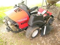ZT1640 Gravely, 2008 model, has 16 HP Briggs with 40