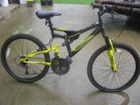 Boys Mongoose Spectra 24 inch bike. Only rode few times